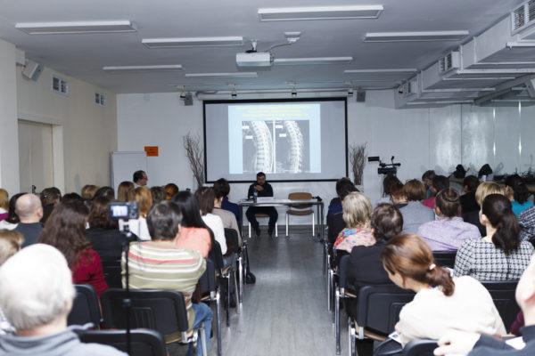 Мастер-класс по чтению МРТ-снимков для неврологов